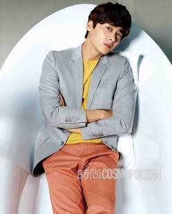 李易峰登时尚杂志 变身简单俊朗大男孩