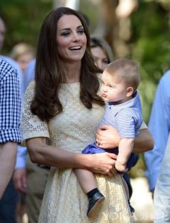 英国乔治小王子的13个嫌弃脸瞬间