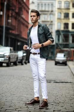 一条对的腰带 可以瞬间提升整体造型的时髦度