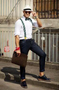 想要简单又不无聊?听说时髦人都穿背带裤出街