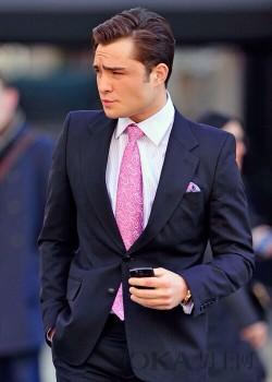 铁汉也柔情 穿清新浅粉色的男人更温暖