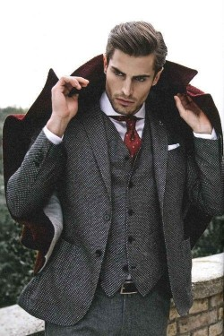 学潮人们用大衣配西装 温暖有型过寒冬