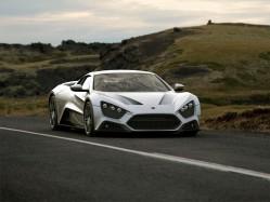 马力轻松过千匹 超级V8怪物Zenvo ST1