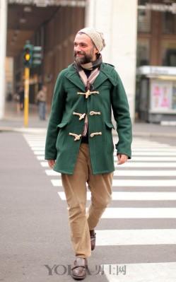 冬日减龄离不开牛角扣大衣 还有N种搭配任你挑