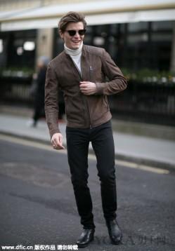 高领毛衫搭配西裤大衣 是多么优雅的存在 !