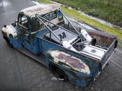 城会玩儿 美国车迷修复第一代福特F系列