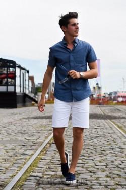 清爽的蓝白CP才是流行担当! 型男们都抢着穿