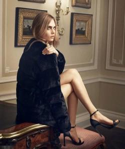 出柜超模卡拉-迪瓦伊写真 白纱短裙展修长美腿(2)