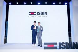 怡思丁携首位品牌全球代言人魏大勋引领抗光老新趋势
