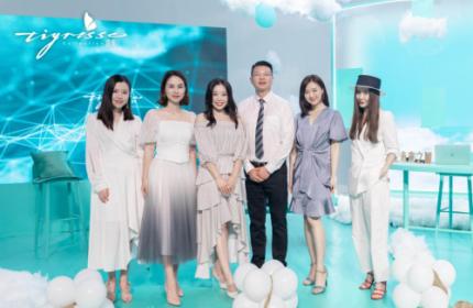 蹀愫斩获天猫520时尚女鞋销售NO.1,品牌跃升用实力说话!