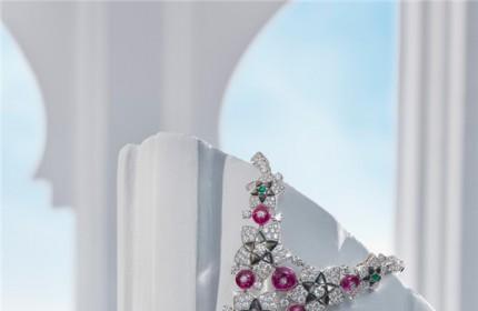 等疫情過去,戴上美美的珠寶去賞花踏青!