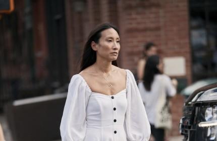 这条连衣裙太雅观了!泡泡袖+方领是心动的感受