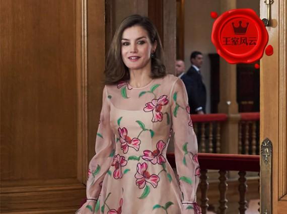 王室風云:誰還不是個小仙女?戴妃凱特穿印花裙美哭!