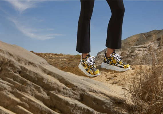 VERSACE呈献2020年初春CHAIN REACTION运动鞋