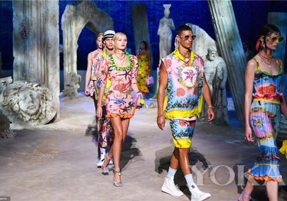 把模特和嘉宾变人偶,在米兰打造规模最小的时装秀!