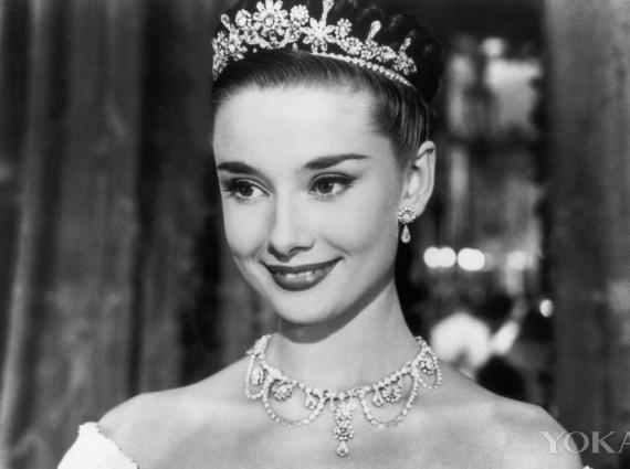 奥黛丽·赫本,唯一可以盖过珠宝光芒的女子!