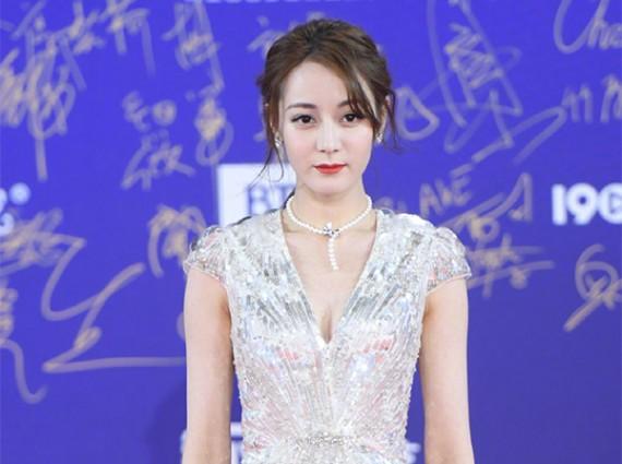 北京电影节红毯珠宝 叠戴风刮遍全场!