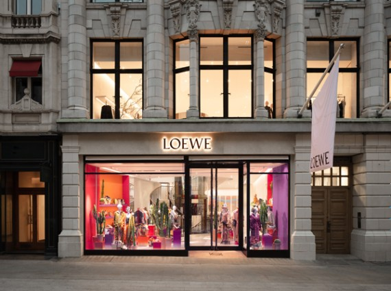 LOEWE罗意威新店 于伦敦梅菲尔区盛大开幕