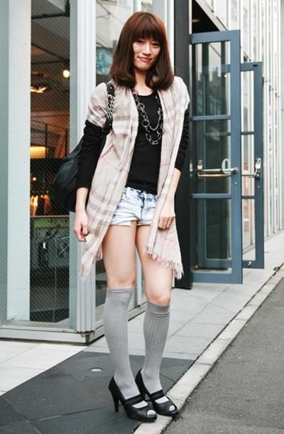 黑丝过时棉袜当道_ 亚洲 街拍图片