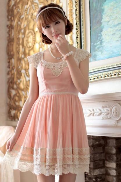 百褶显瘦雪纺连衣裙