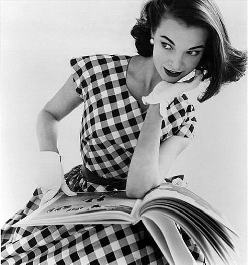 """五十年代风格着装 以时尚之名穿越""""美好时代"""""""