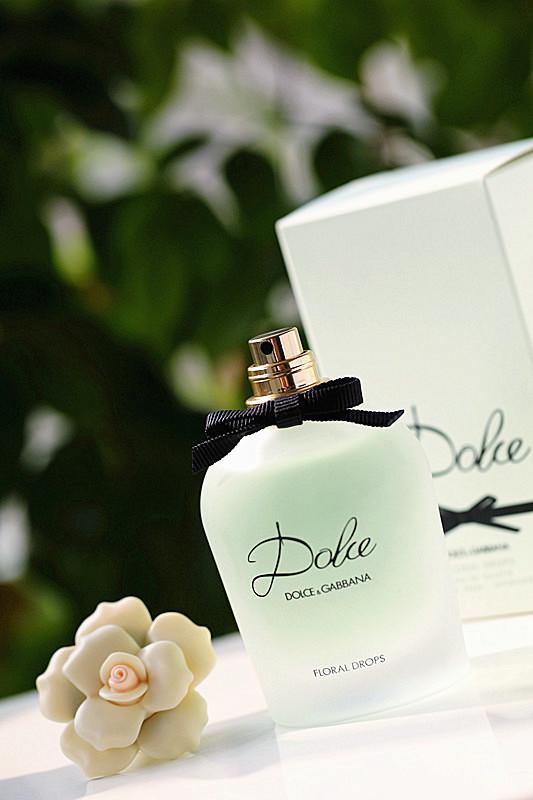 【小爱】与高冷女神,只有一瓶香水的距离