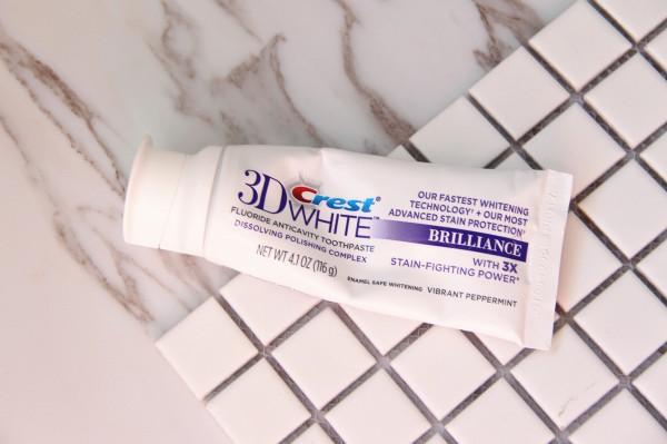 【亲亲新新】不仅让你暖,更让你白——佳洁士3Dwhite热感美白牙膏