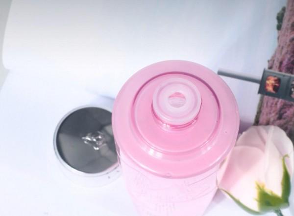 你知道什么爽肤水补水效果好吗?兰蔻粉水用过一次就有答案