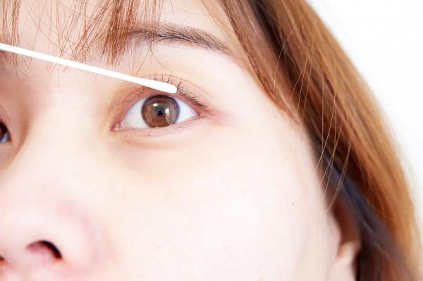 告别假睫毛 回归自然小仙女——日本HAShitomi美丽睫毛营养护理增长液