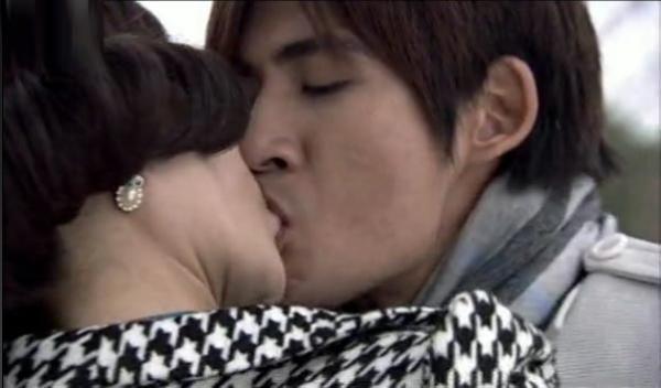 ★解密:李晨范冰冰接吻的图片,范冰冰和李晨接吻照(一)-范冰冰