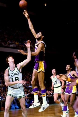 NBA历史10佳球星 乔丹雄霸天下 科比鲨鱼入选 组图图片